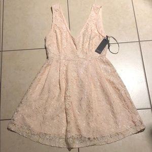 Mini blush dress, perfect for summer!